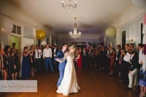 gabbinbar-wedding-photographer_91