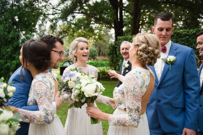 Brisbane wedding photographer - Unplugged wedding = happiness